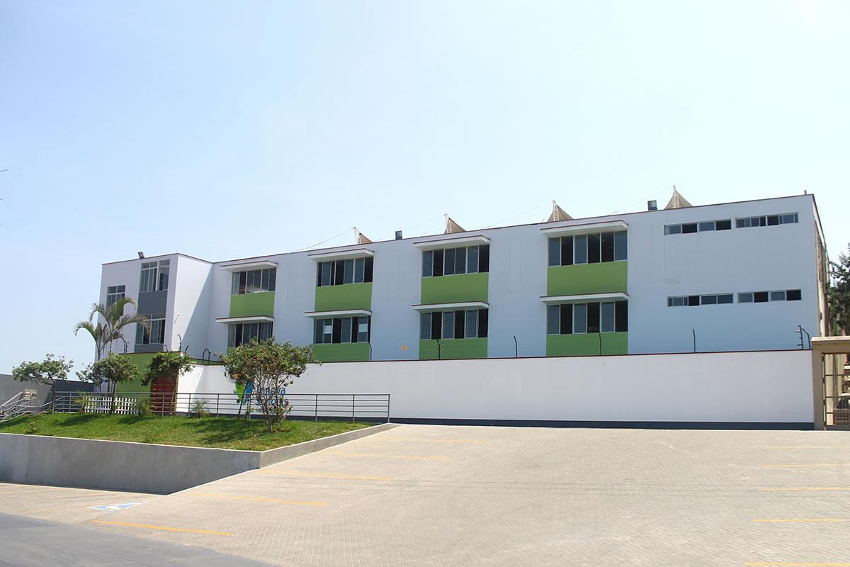 Innova Schools Sede Villa el Salvador Lima